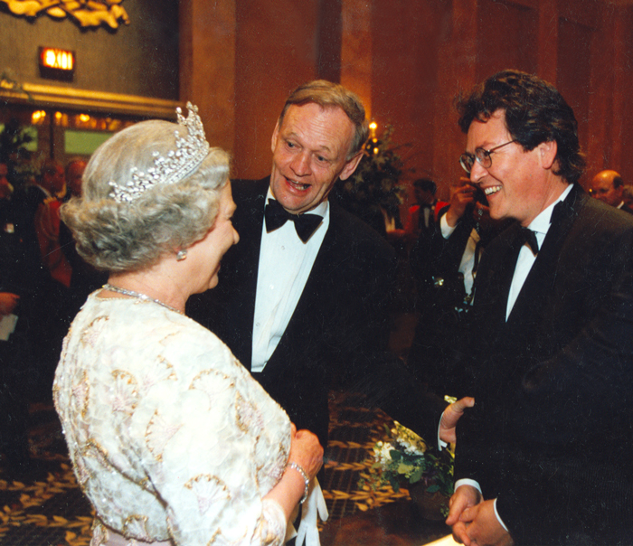 Queen Elizabeth II, The Right Honourable Jean Chrétien, and Dr. Peter Simon.