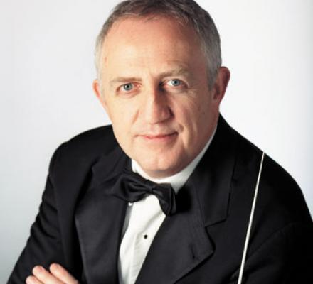 Bramwell Tovey conducts the Royal Conservatory Orchestra